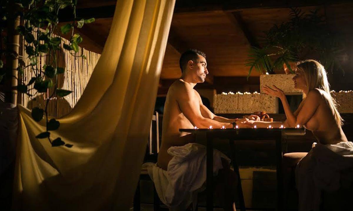 hygiene rules in nude restaurants